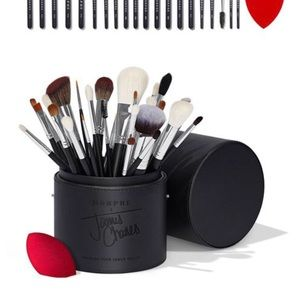 Morphe x James Charles brush collection